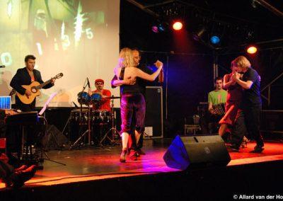 concert-otros-aires-mercatorplein-amsterdam-7-juni-2008-fotos-allard-van-der-hoek-5