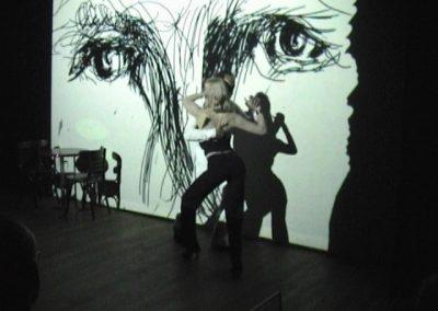 performance-cinedans-door-floor-van-keulen-en-rene-en-gabrielle-de-balie-amsterdam-10-juli-2004-5