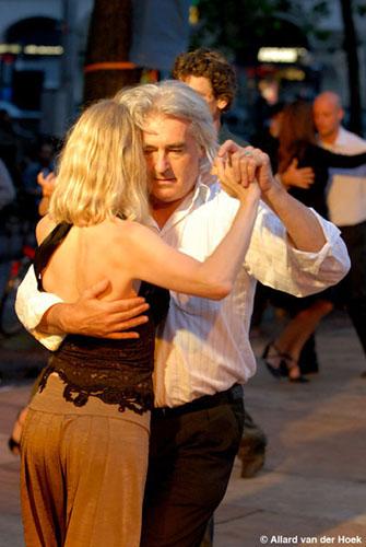 tango-midzomeravondsalon-leidseplein-amsterdam-21-juni-2007-fotos-allard-van-der-hoek-1