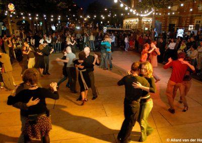 tango-midzomeravondsalon-leidseplein-amsterdam-21-juni-2007-fotos-allard-van-der-hoek-3